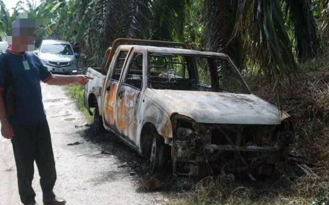Terdesak tak mampu bayar ansuran, lelaki ini nekad bakar kereta