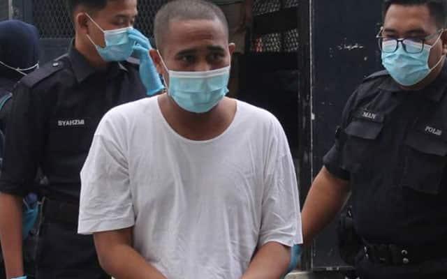 PANAS | 'Ustaz Budak' didakwa di mahkamah atas tuduhan lucah melampau