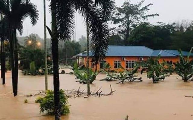 Banjir | Kakitangan pejabat hutan Daerah Jerantut lemas, anak hilang