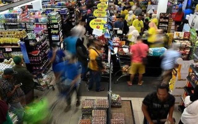 Pengumuman PKP : Rakyat Terengganu serbu pasar raya