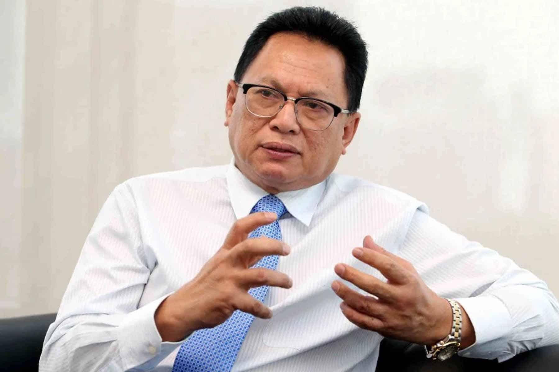 Bila lagi Muhyiddin nak keluar negara?, Rakyat tak sabar nak komen kat FB – Puad